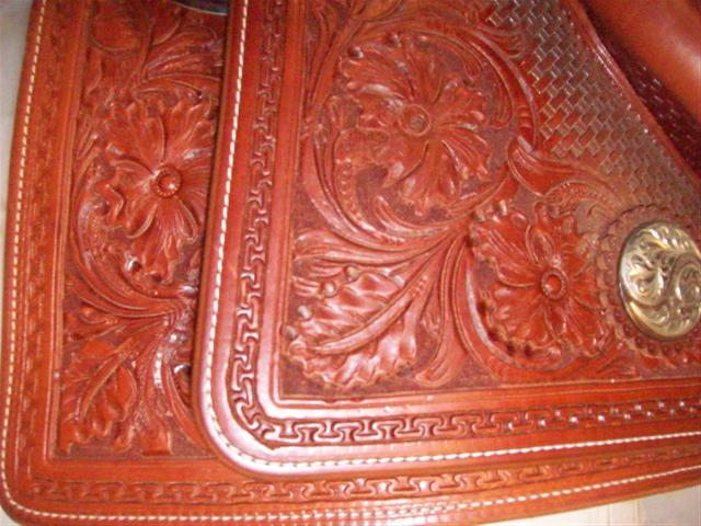 Used Saddle:Bob's Custom Saddles  Square Skirt  Hardseat 16- Image Number:1