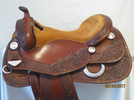 Used Saddle:Bob's Custom Saddles New Antique Finished Duane Latimer - Image Number:0