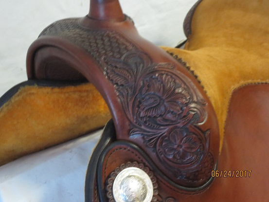 Used Saddle:Bob's Custom Saddles New Antique Finished Duane Latimer - Image Number:3