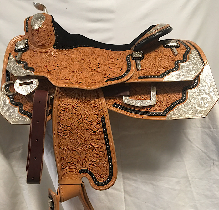 Used Saddle:- Image Number:0