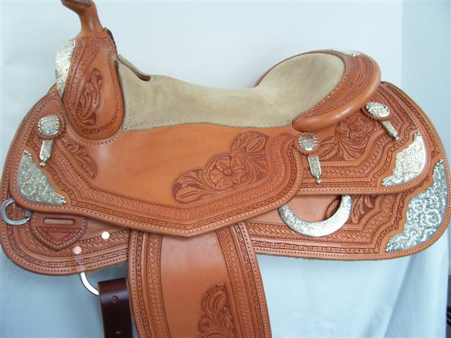Used Saddle:Bob's 16inch Show Saddle- Image Number:0