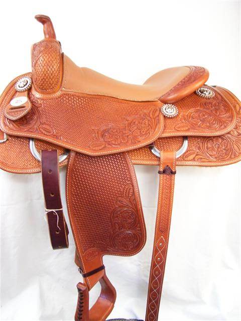 Used Saddle:16inch Avila Cowhorse - Image Number:1
