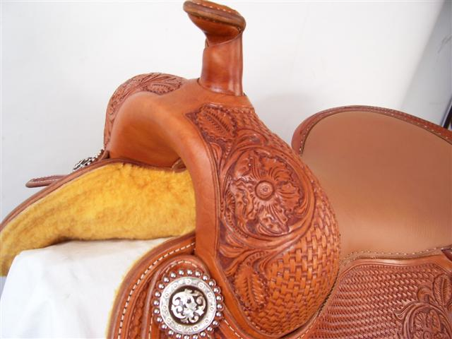 Used Saddle:16inch Avila Cowhorse - Image Number:2