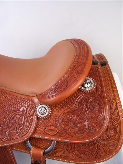 Used Saddle:16inch Avila Cowhorse - Image Number:3