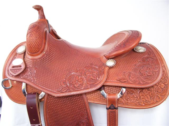 Used Saddle:Bob's 15.5inch or 16inch Avila Hard Seat Cowhorse- Image Number:0