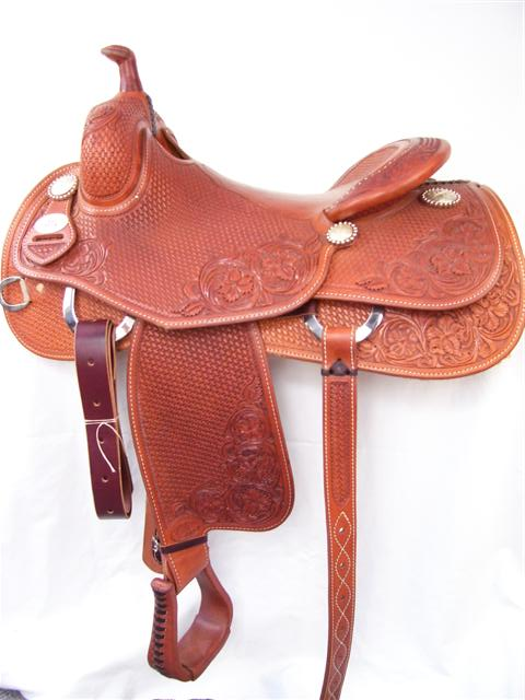 Used Saddle:Bob's 15.5inch or 16inch Avila Hard Seat Cowhorse- Image Number:1