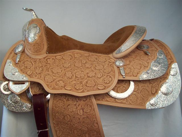 Used Saddle:New Bob's Custom Show Saddle-- Image Number:0
